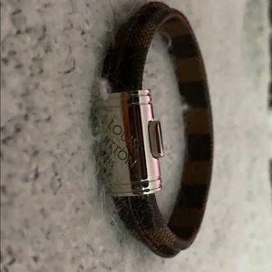 LV bracelet (mens)